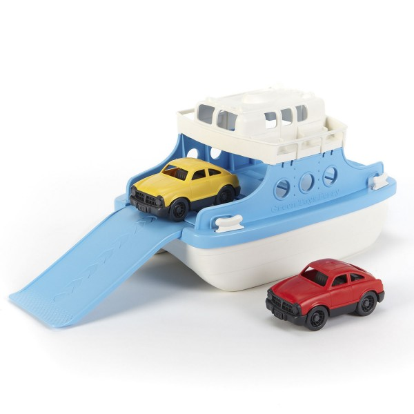 Fähre mit Fahrzeugen / Ferry boat with 2 cars